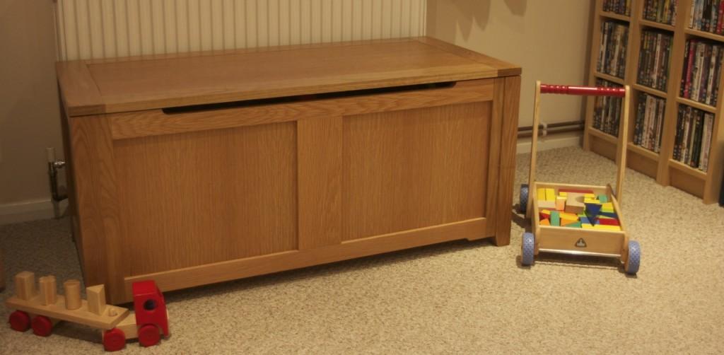 Large Oak Toy Box - Ottoman. IMG_8471 & Large Oak Toy Box - Ottoman - Chapman Bespoke Woodwork Aboutintivar.Com
