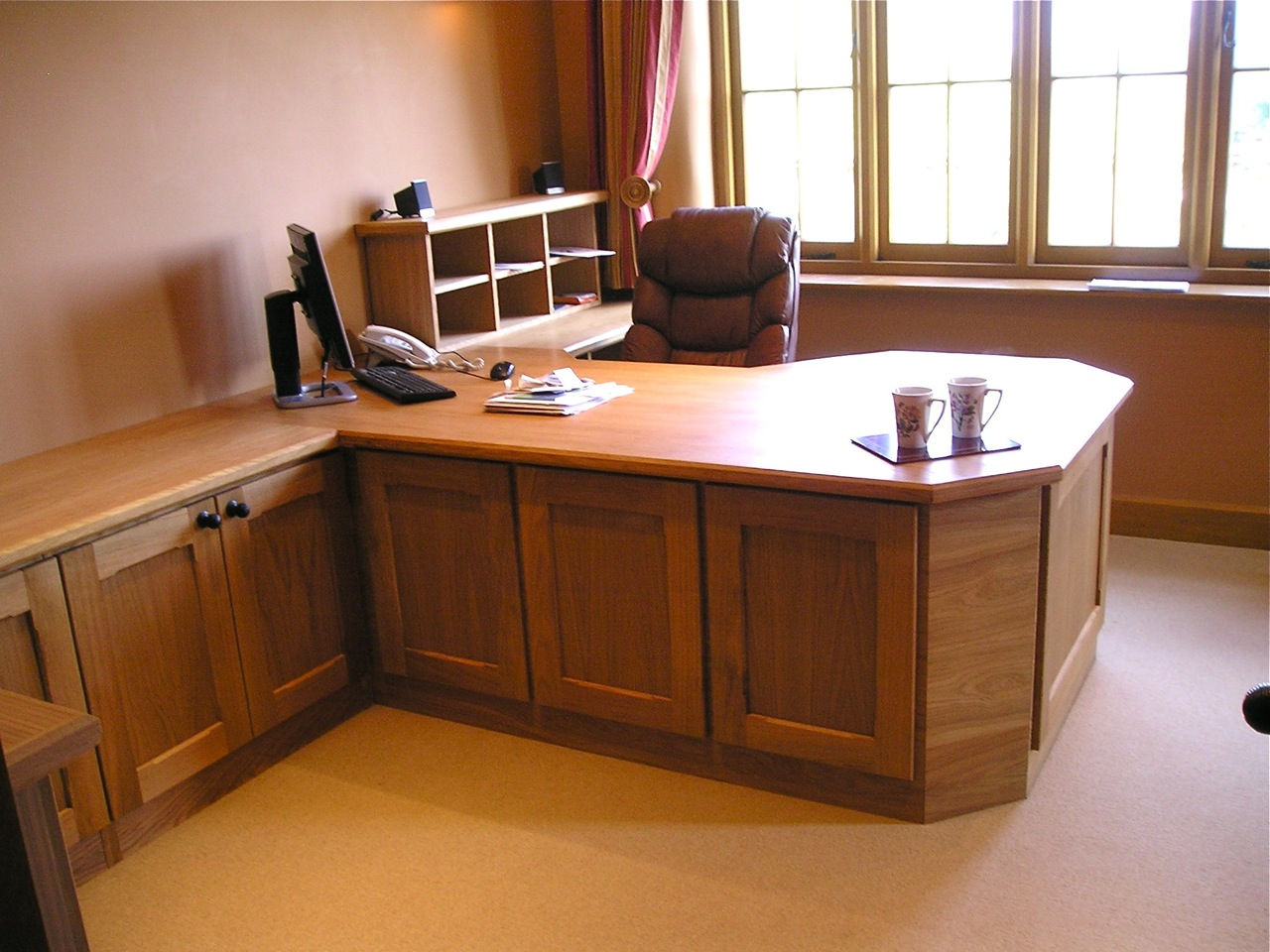 Oak Office Suite